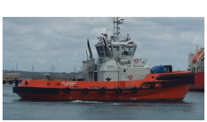 Port Tug Picture